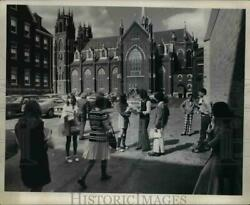 1973 Press Photo Opening Day Blues At Central Catholic High School 6550 Baxter
