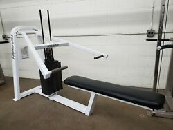 Icarian 401 Selectorized Bench Press