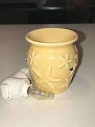 Scentsy Warmer Plug In Nightlight Starfish Used In Excellent Condition