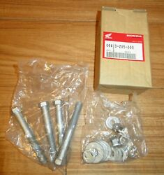 Nos Honda Outboard Installation Kit - Bolts Washers And Nuts 06413-zv5-000