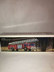 1986 Vintage Mint Condition Hess Oil Gas Toy Fire Truck Bank