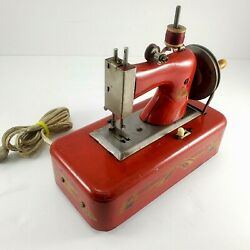 Vintage Toy Sewing Machine Casige/straco Electric Model 2015 1940s Working
