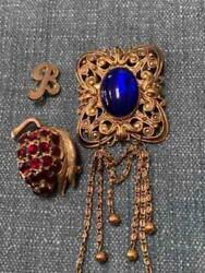 2 Vintage 1950and039s/60and039s Gold Plated Blue And Red Pins/brooches - Costume Jewelry