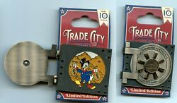 Disney Trade City Bank Vault Scrooge Mcduck Hinged Le 250 Pin And Card 76898