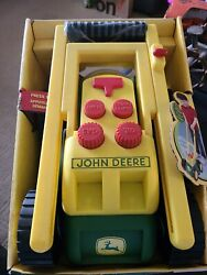 2010 Ertl John Deere Real Sounds Lawn Mower Child Toy 15 Sounds New
