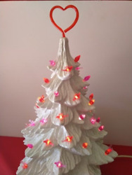 50 Valentine Bulbs Red amp; Pink Lights w Heart Topper for Ceramic Christmas Tree