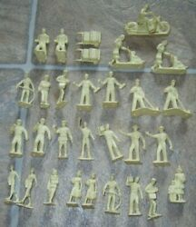 30 Marx Vintage Train Figures For Marx Lionel American Flyer And Playsets