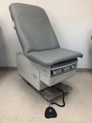 Pre-owned Ritter 223 Power Hi-low Exam Table Foot Control New Upholstery
