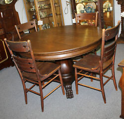 Antique Oak Round 48″ Diameter Dining Table With 4 Leaves – Claw Feet