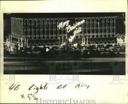 1987 Press Photo Christmas Light Show At Popeye Headquarters, Clearview Parkway