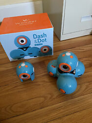 Dash And Dot Robot Wonder Pack In Box With Accessory Pack Excellent Used Condition