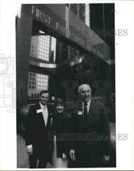 1988 Press Photo Officers And Board Members Of First Interstate Bank - Houston