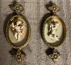 Vintage Ornate Hanging Wall Plaque With Cherub / Angel Figurines