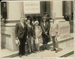 1929 Press Photo Francis Kelley And Fellow Flag Contest Winners At The Capitol