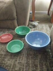 Lot Of 4 Bauer Pottery California 1920and039s-30and039s Bowl Set