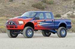 Fabtech 05-07 For Ford For F250 4wd W/overload 8in 4 Link System W/perf. Shocks