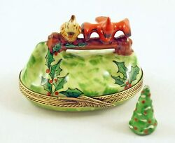 New French Limoges Trinket Box Cute Cardinal Bird Pair In Christmas Holly Garden