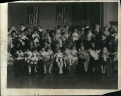 1927 Press Photo Annual Boston Baby at Horticultural Hall in Boston Mass.