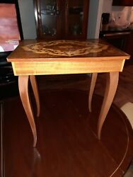 Vintage In-laid Wood Jewelry Music Box Table Raindrops Keep Falling On My Head