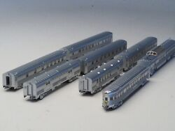 Azl Z-scale Santa Fe Super Chief 4 Powered 8 Special Edition Passenger Cars