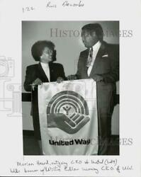 Press Photo Marion Heard And Willie Edlow Of The United Way - Ctaa28030