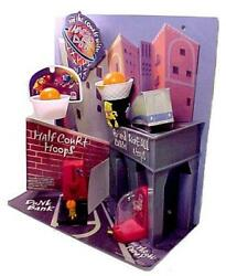 Taco Bell 1997 Nacho And Dog Half Court Hoops Kids Meal Counter Display Basketball