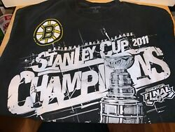 Lot Of Boston Bruins Winter Hat And Stanley Cup Champions 2011 Reebok T-shirt Sz M