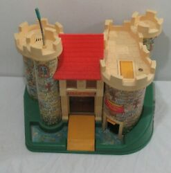 Vintage 1970's Fisher Price Little People Family Castle 993 Complete +