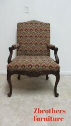 Baker Furniture French Carved Leg Living Room Lounge Arm Club Chair B