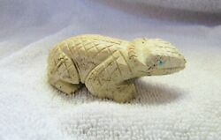 Zuni Indian Hand Carved Serpentine Horned Toad Lizard Figure Signed Wy