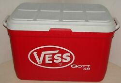 Vintage Gott 48 Qt Red And White Cooler W/ Tray Vess Soda Advertisement