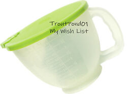 Tupperware Mix N Store Lg Measuring Cup Batter Pitcher 2 Qt Sheer With Green New