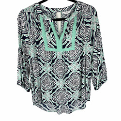 Crown And Ivy Top Blouse Size Medium Green And Blue Print 3/4 Sleeves V-neck Keyhole