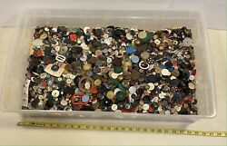 Lot Of Over 16 Pounds Lbs Antique And Vintage Buttons As-is Mixed Some New