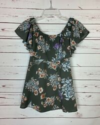Umgee Boutique Womenandrsquos S Small Gray Floral Ruffle Cute Short Sleeve Top Blouse
