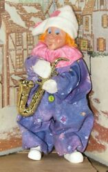 Byers Choice Kindle Clown With A Saxophone