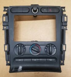 05-09 Ford Mustang Center Dash Radio Climate Control Bezel Oem 5r33-19980-aa