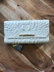 New Brahmin Tri Fold Wallet, Beautiful Cream Color Leather Gold Accents 175 Nwt