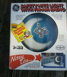 Vtg Ge Nitey Lite Am/fm Radio Night Nib .twinkle The Mouse Book Not Included