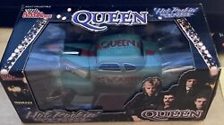 Racing Champions 1/24 Hot Rockinand039 Queen News Of The World Steel Die Cast Nib