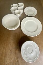 Mikasa China In Italian Countryside Mixed Lot Cup Plates Saucers Plates Bowls 19
