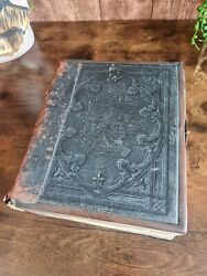 Antique Large Alter Bible - Holy Bible Illustrated With Clasp 4to Ref.