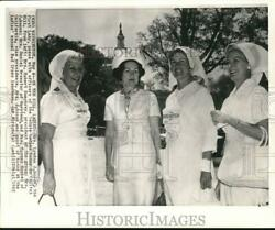 1965 Press Photo Mrs. Johnson Poses With Senate Ladies Group Officers In D.c.