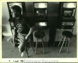 1994 Press Photo Andy Williams, Owner Of Daiquri Shack With Video Poker Machines