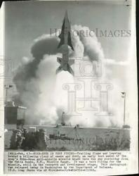 1960 Press Photo Nike-zeus Test Firing From The White Sands Nm Missile Range.