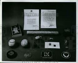 1968 Press Photo A Collection Of Baseball And Other Sports Memorabilia - Net10613