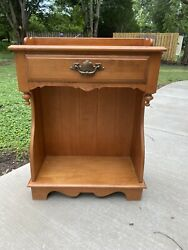 Tell City Chair Company Solid Hard Rock Maple Andover Console / Nightstand
