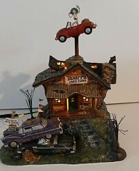 Dept 56 Snow Village Halloween Animated Rusty's Used Cars Working Perfectly