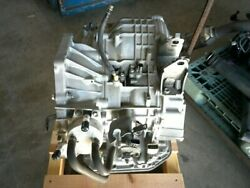 Toyota Isis 2010 Automatic Transmission 3040044050 [used] [pa55011910]