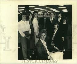1983 Press Photo Helen Borne And Members Of Her Staff At New Jersey National Bank
